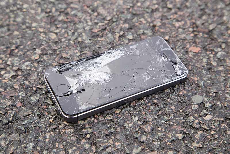 سابقه و تجربه تعمیرکار گوشی بر هزینه تعمیر تاچ گوشی موثر است