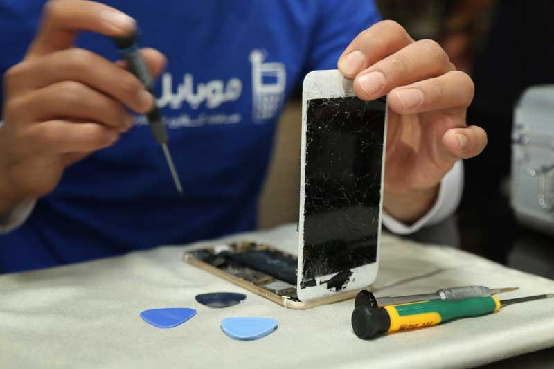 محله ارائه خدمات بر هزینه تعویض تاچ گوشی موثر است